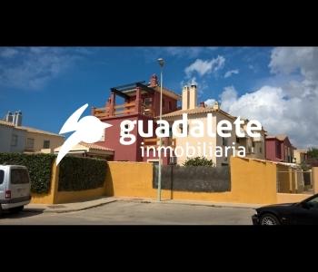 Chalet pareado en Urbanización Las Redes